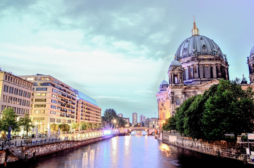 berlin-cathedral-1882397_1920